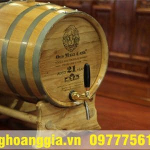 thùng rượu gỗ sồi đẹp